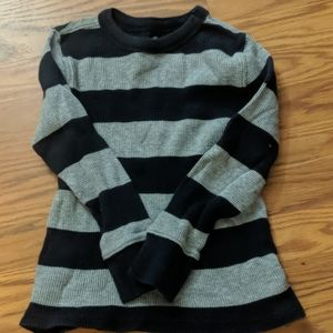 Old Navy thermal shirt for boys